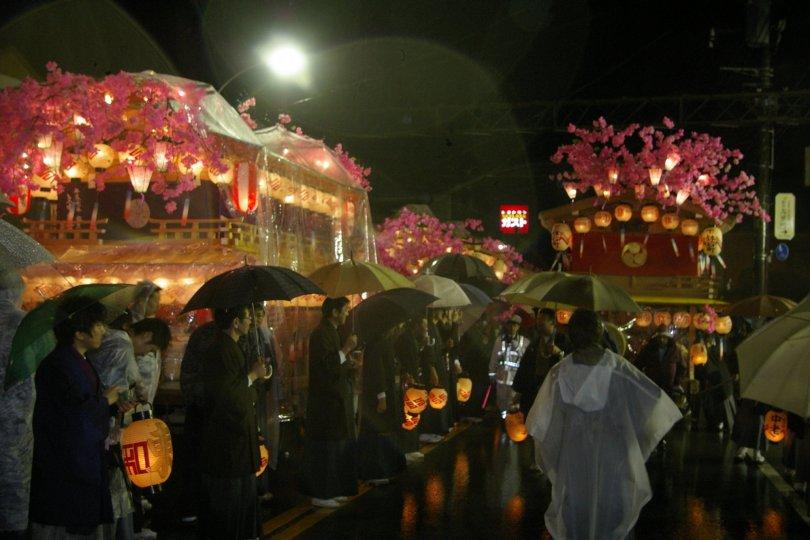Nikko Matsuri - Festwagen bei Nacht