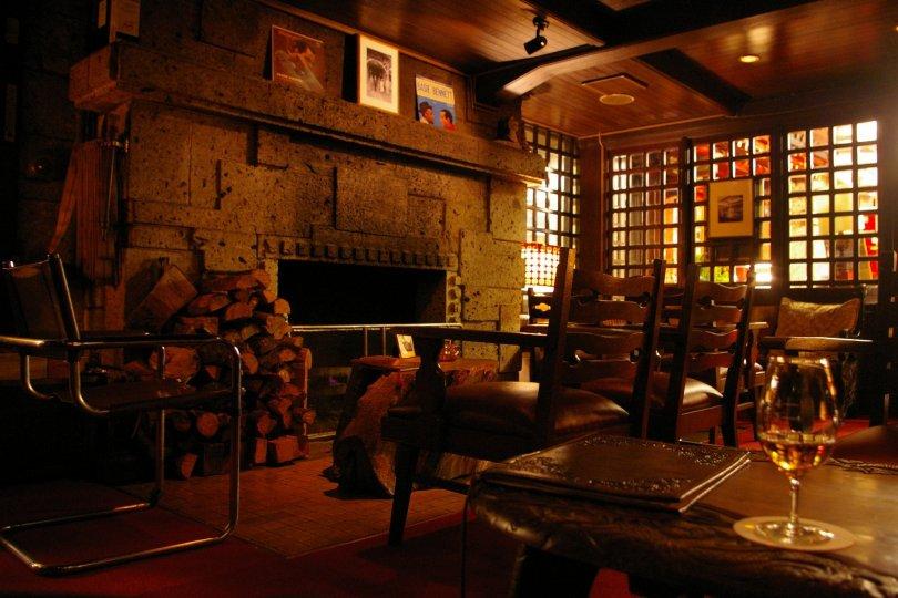Dacite Bar -- Nikko Kanaya