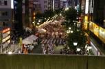 高円寺阿波おどり - Blick vom Bahnhof