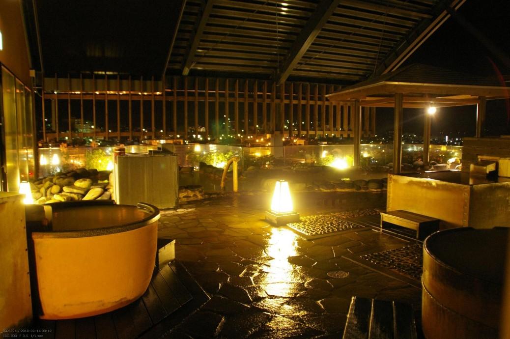 La Vista (函館) - Onsen auf dem Dach