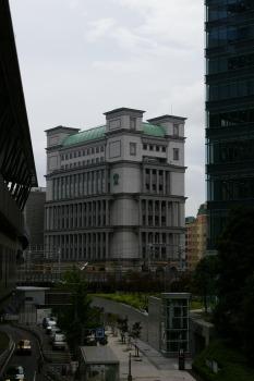 vor den Skyscrapern