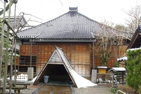 Temple in Nishikanazawa